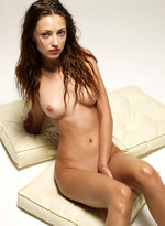 Gorgeous Anna Getting Naked