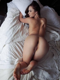 Sweety Natalie is looking stunning in a hotel room