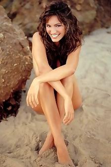Kelly Brooke Is Nude On The Beach