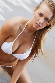 Hayley Marie Having Fun At The Beach