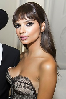 Emily Ratajkowski Nipple Peek Down Blouse View